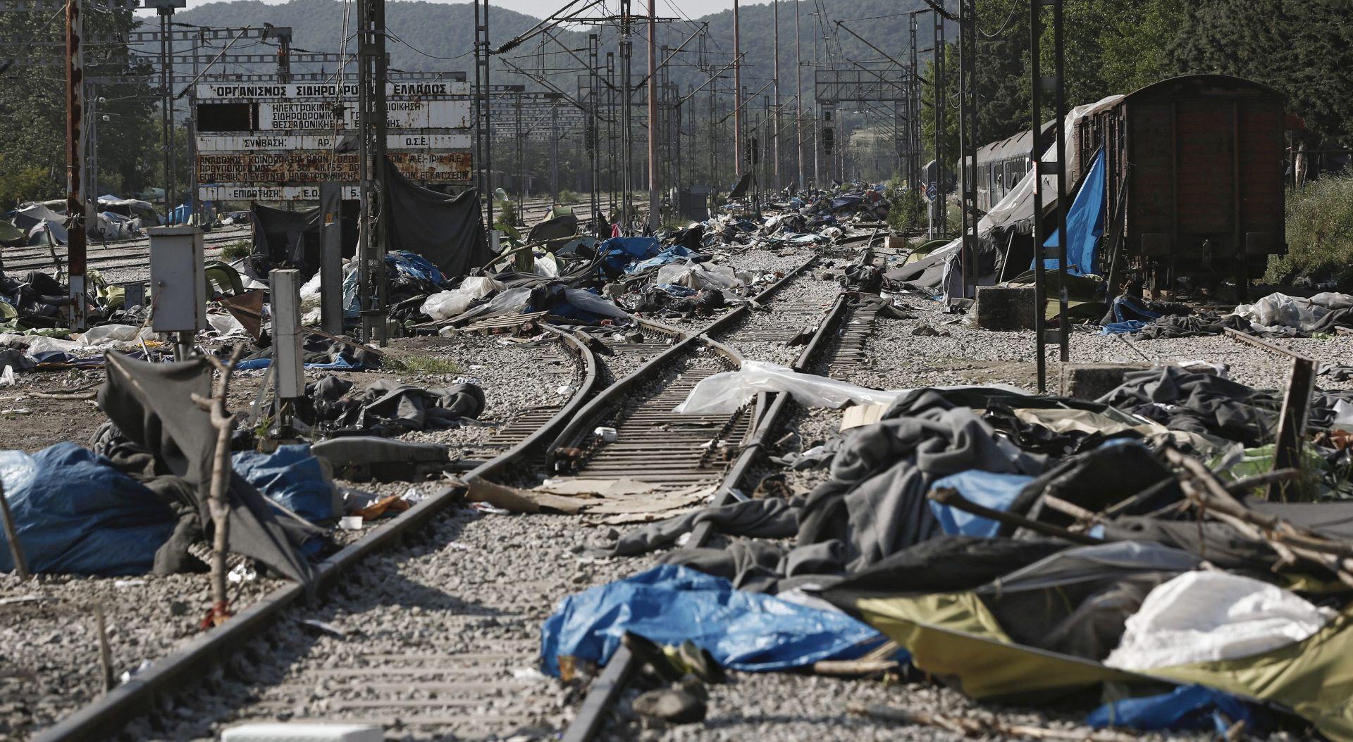 STANJE NA GRANICI: Završena evakuacija izbjegličkog kampa u Idomeniju