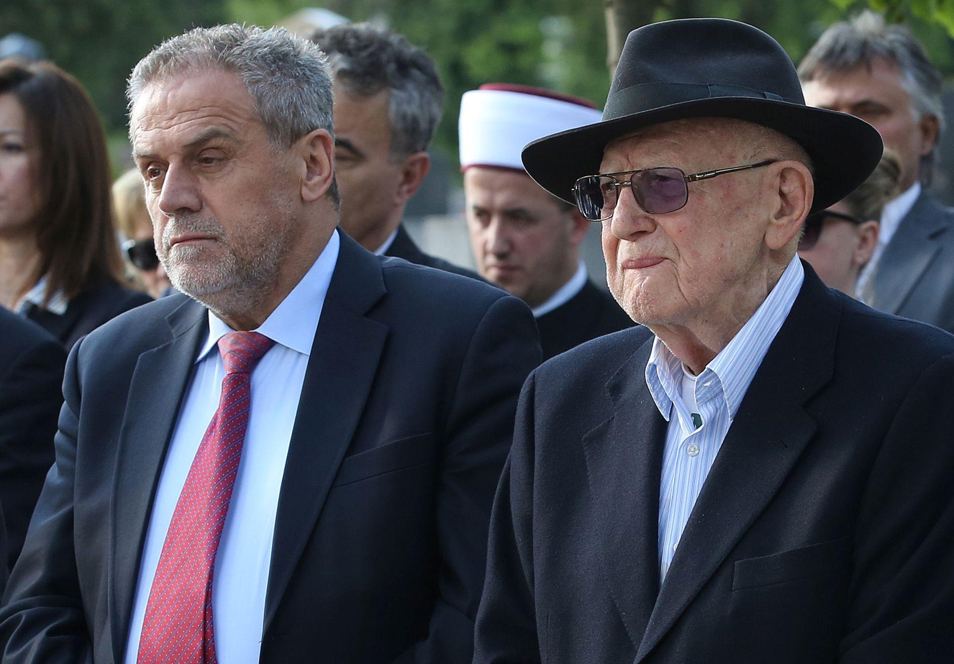Jom Hašoa: Židovi neće dopustiti da se obezvrjeđuju osjećaji pijeteta prema žrtvama holokausta