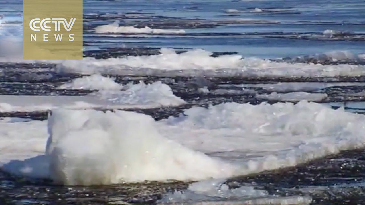 VIDEO: Kineskom rijekom Heilongjiang putuju malene sante leda