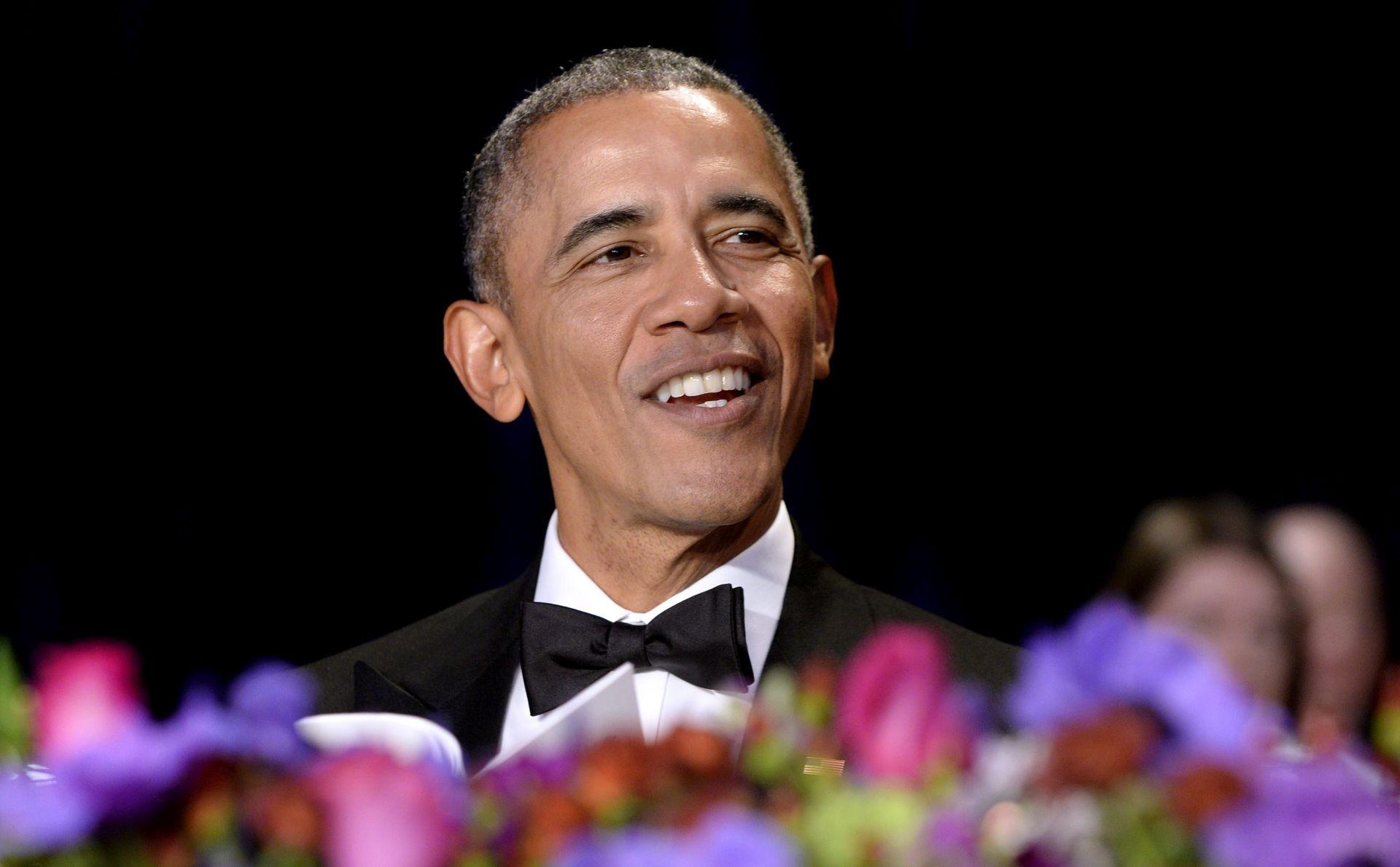 BIJELA KUĆA: Barack Obama ismijao Donalda Trumpa na večeri za novinare