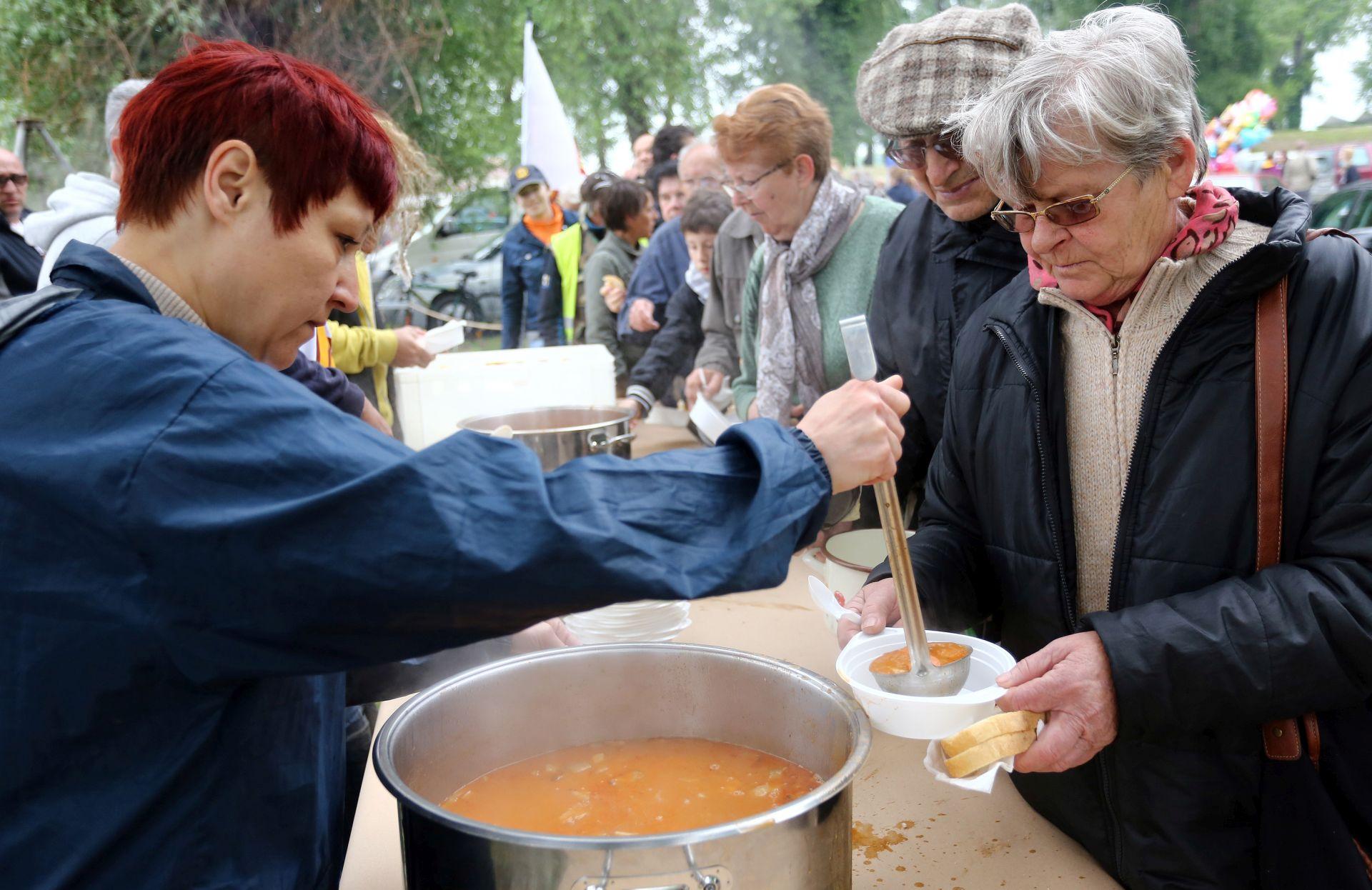 GRAH BEZ SINDIKATA: U Osijeku obilježen Međunarodni praznik rada