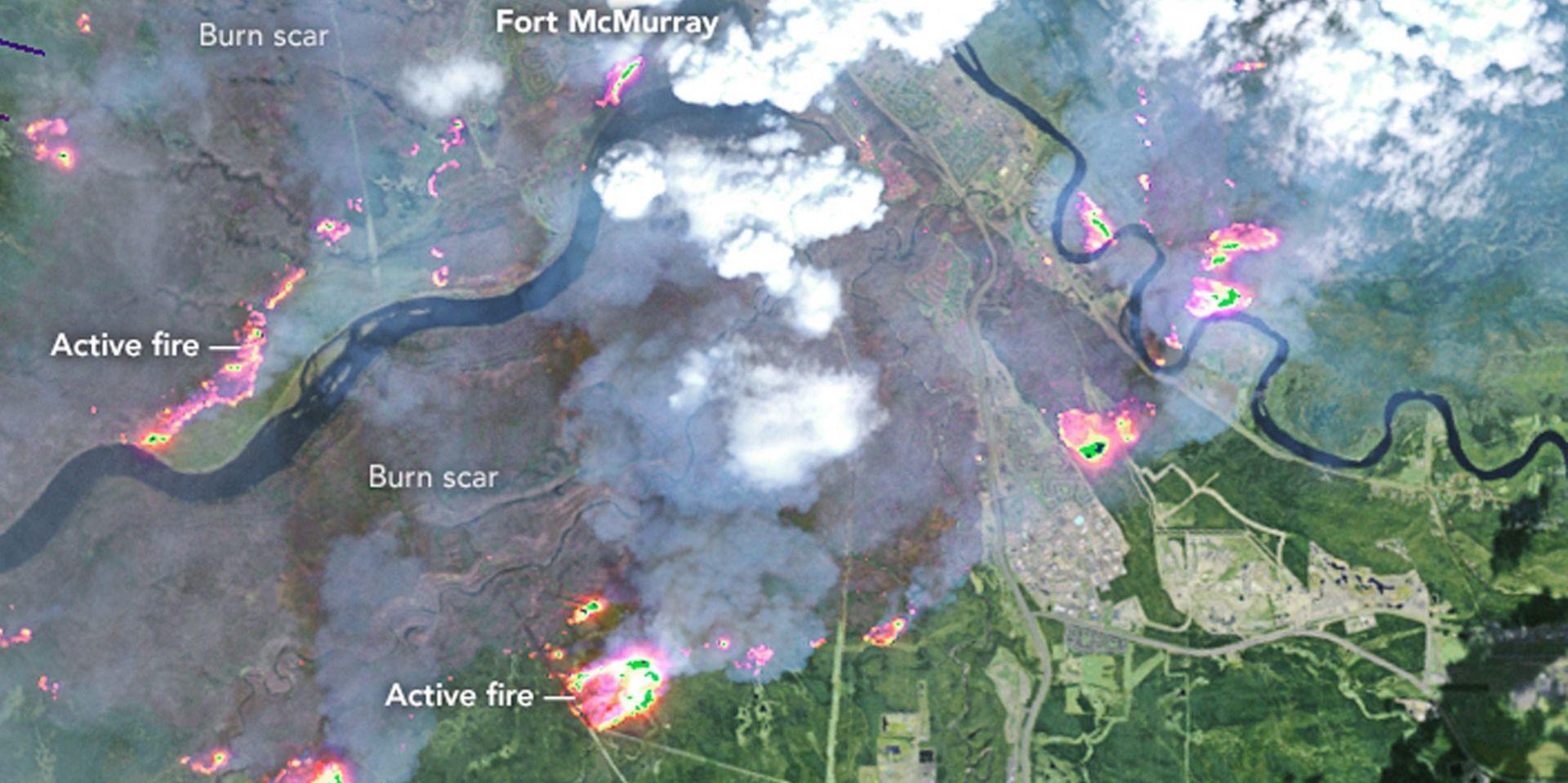 NAJGORA PRIRODNA KATASTROFA U KANADI: Veliki šumski požar i dalje se širi