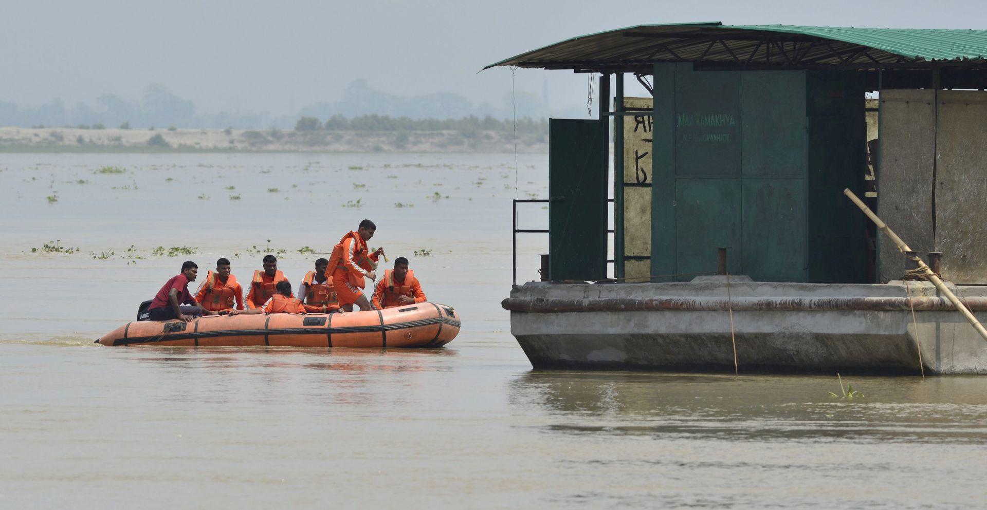 CIKLON ROANU: Bangladeš evakuira dva milijuna ljudi pred ciklonom