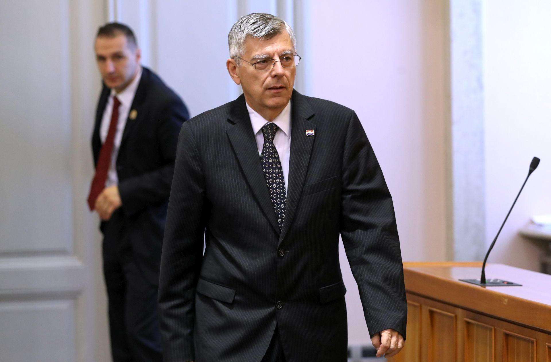 INCIDENT ZBOG ZASTAVE: Željko Reiner napustio Skupštinu Republike Srpske