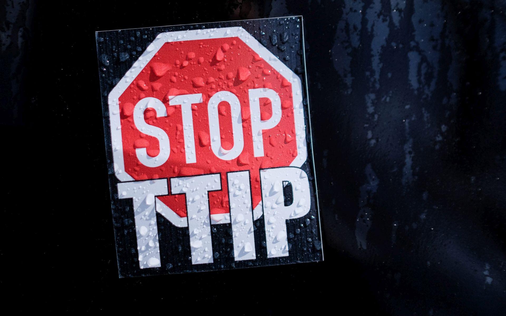 ISTRAŽIVANJE: Nijemci protiv TTIP-a, Angela Merkel za
