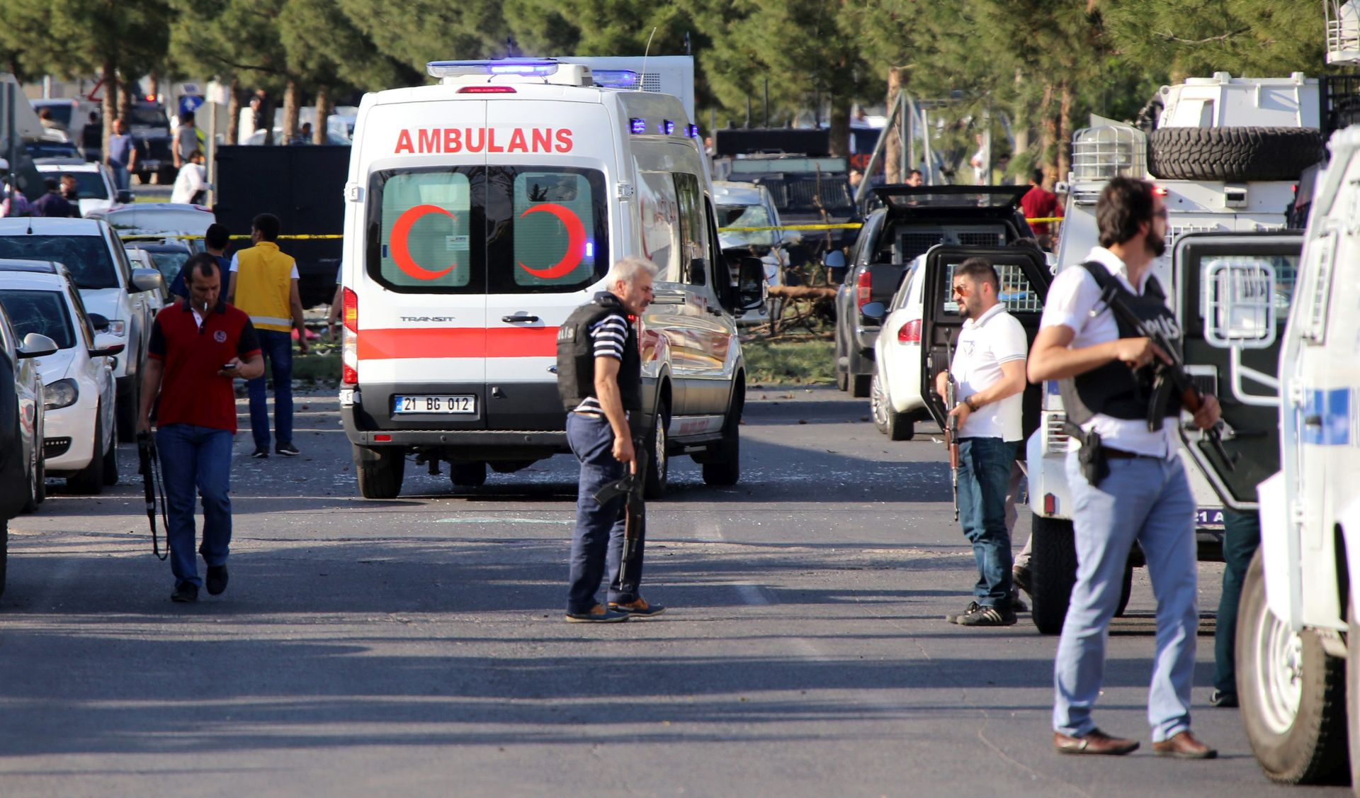 NASILJE NA JUGOISTOKU TURSKE: Ubijeno osam turskih vojnika i 21 militant PKK-a