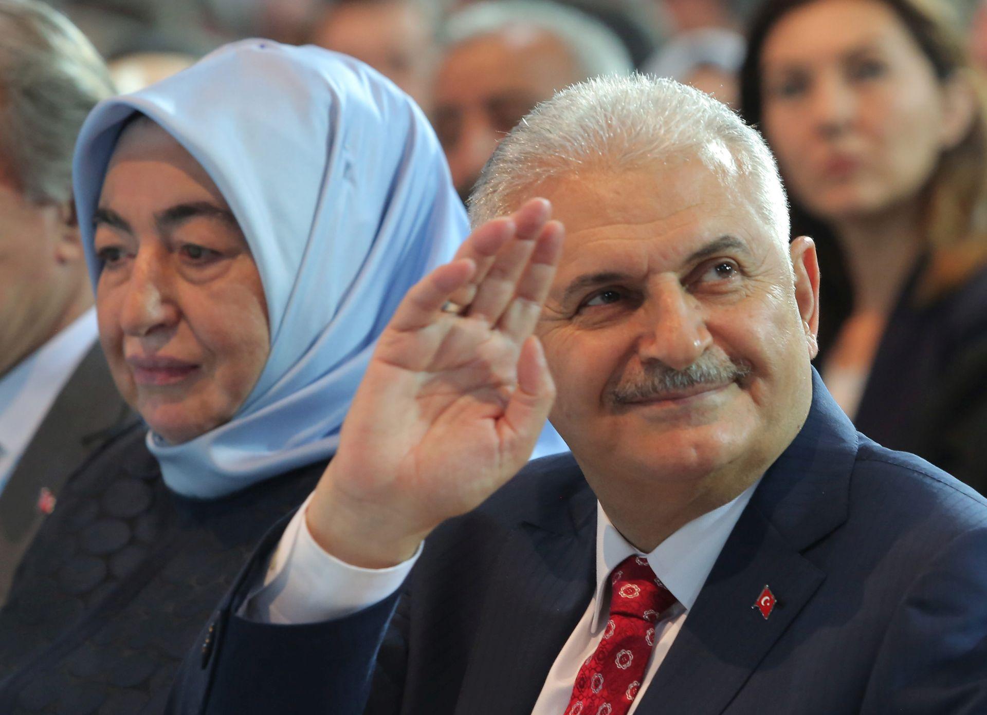 PROMJENE U SASTAVU: Novi turski premijer predstavio svoju vladu