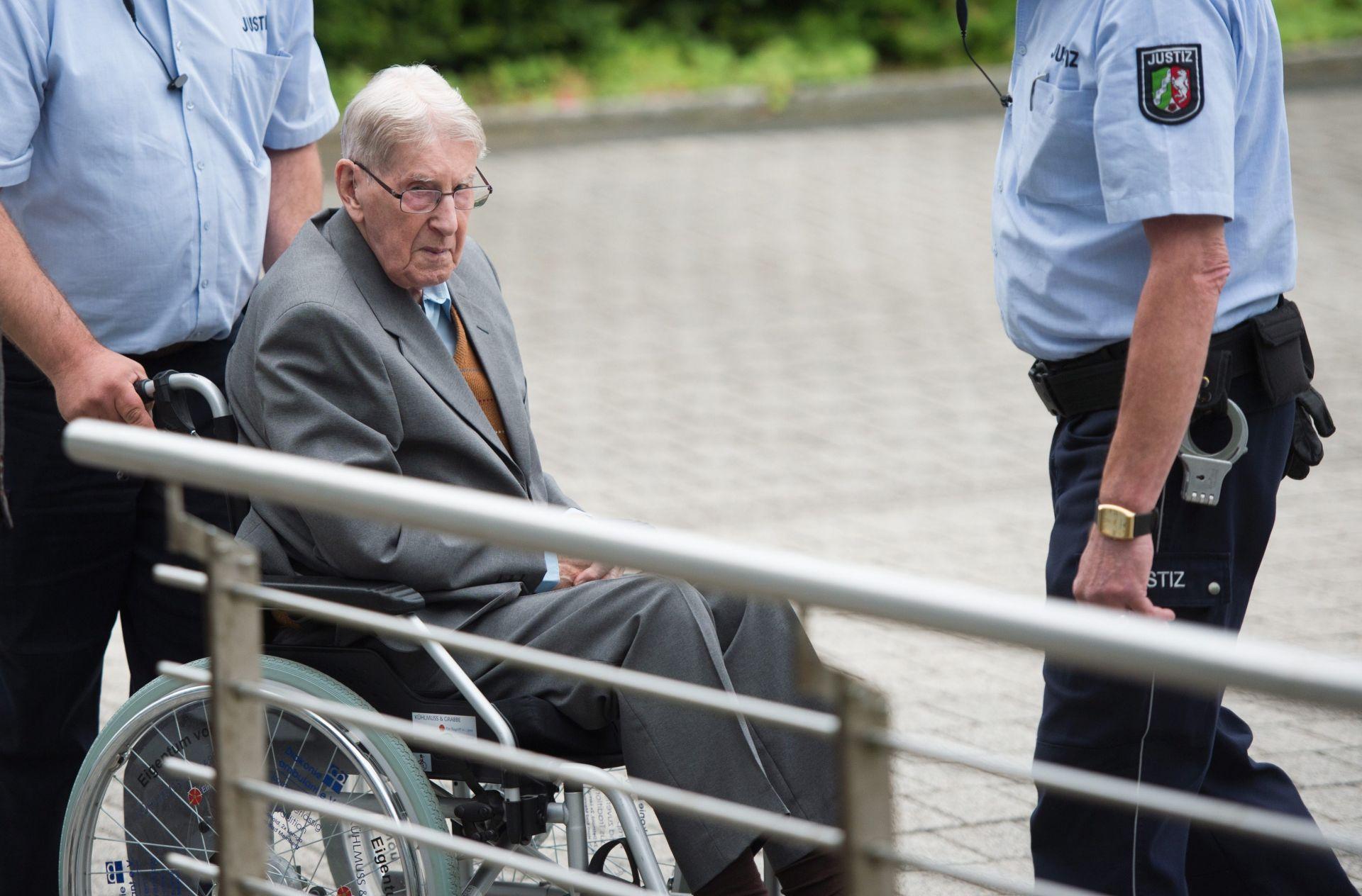 UBOJSTVO 170.000 ZATOČENIKA: Bivši čuvar u Auschwitzu osuđen na pet godina zatvora