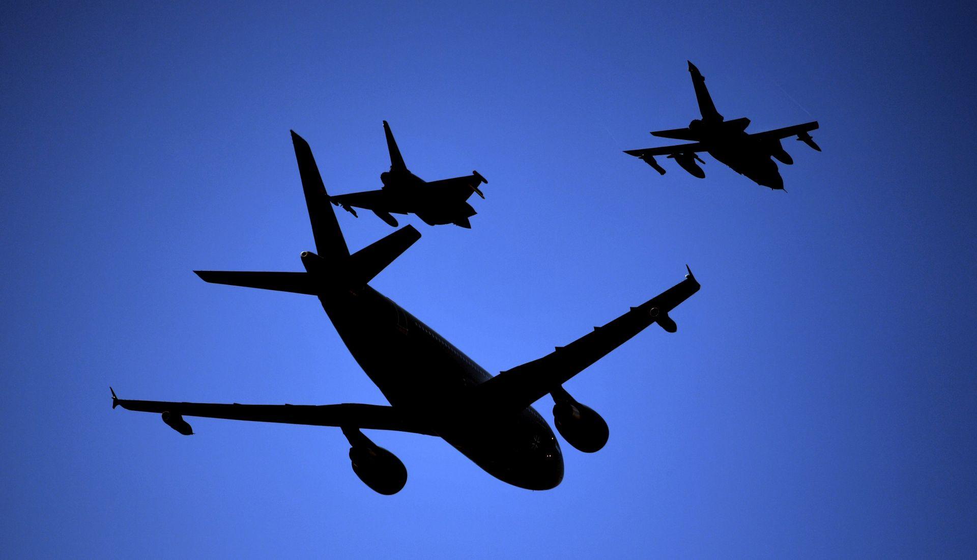 PREUSMJERENI LETOVI: Dron izazvao zatvaranje aerodroma u Dubaiju