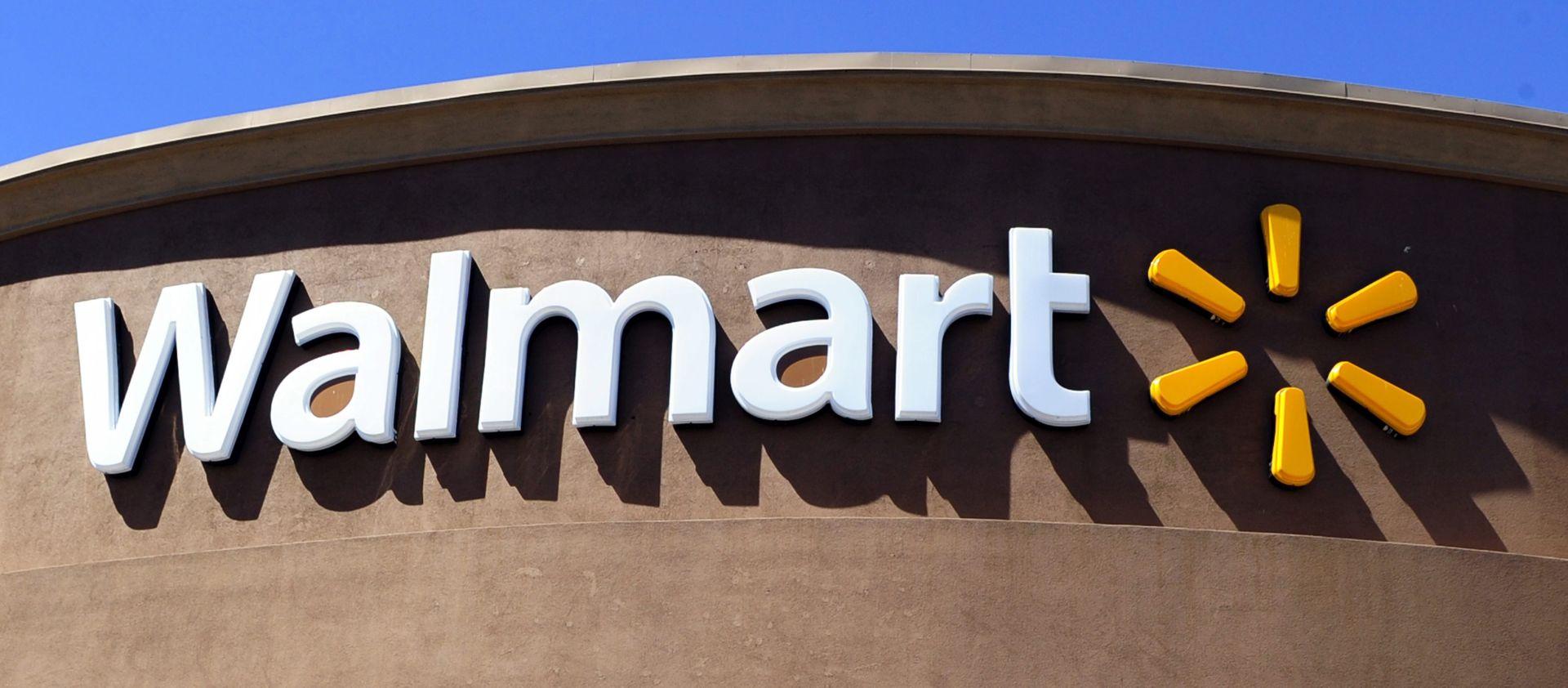 PUCNJAVA U TEKSASU Napadač uzeo taoca u Walmartu, ubili ga specijalci