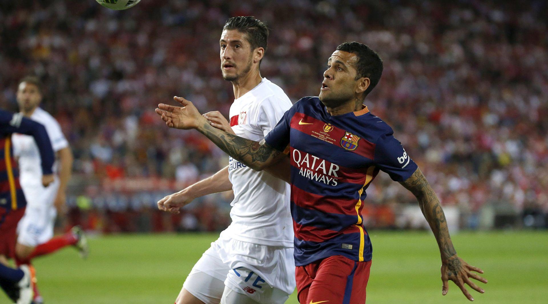 NAKON OSAM GODINA Dani Alves odlazi iz Barcelone