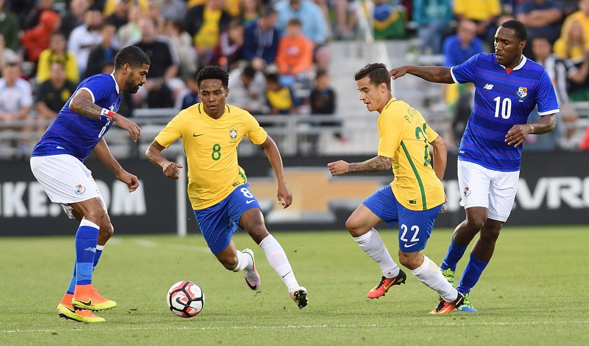 COPA AMERICA Brazil 'razbio' Haiti, hat-trick Coutinha
