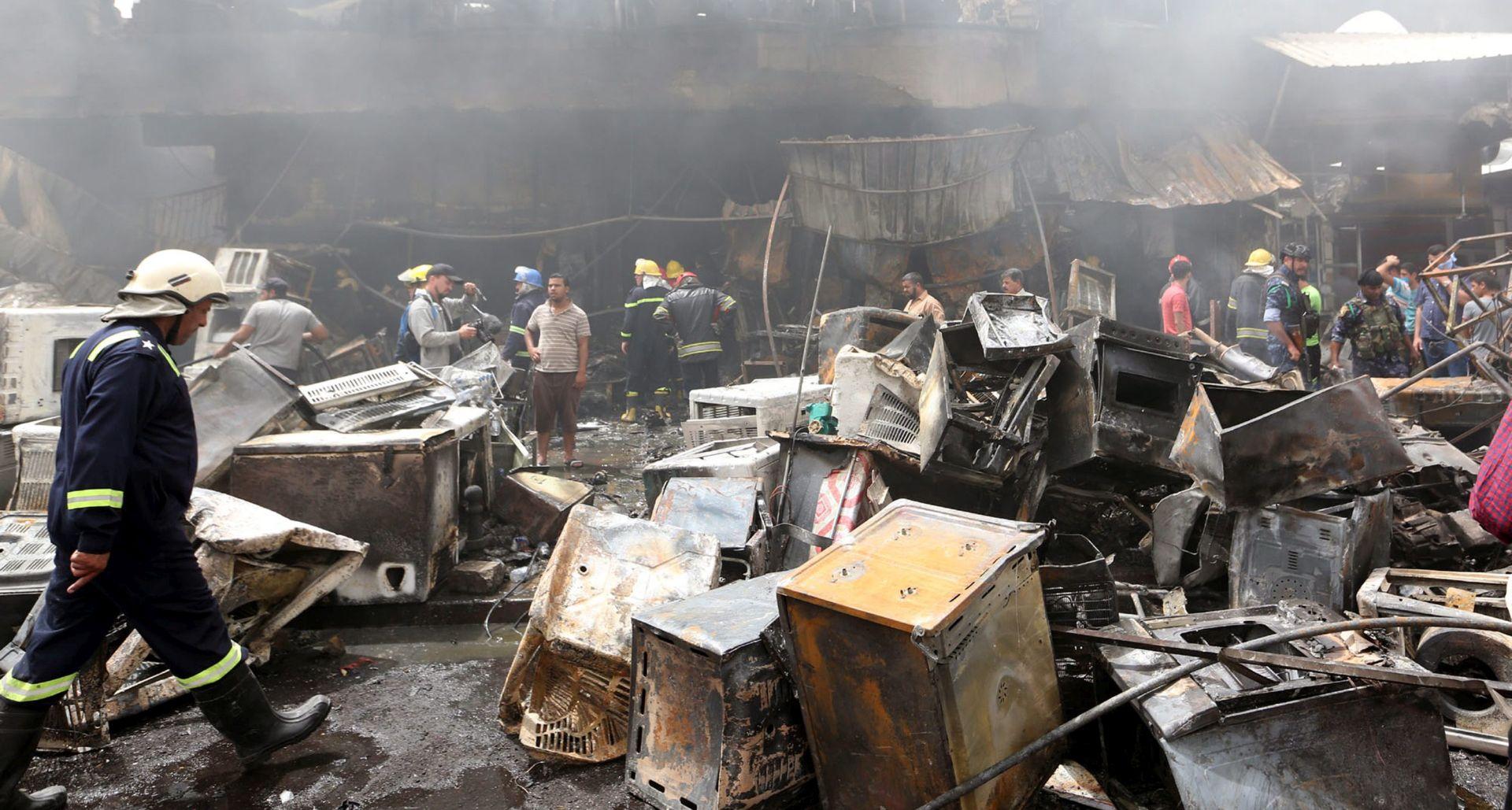 ZRAČNI NAPADI Dvadeset i pet civila ubijeno u Raki