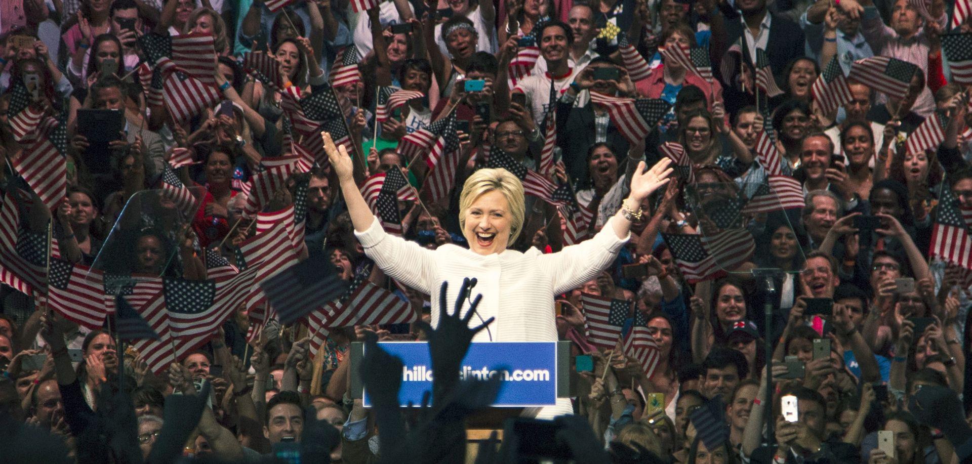 """LIJEČNICA """"Hillary Clinton je zdrava i sposobna za obnašanje predsjedničke dužnost"""""""