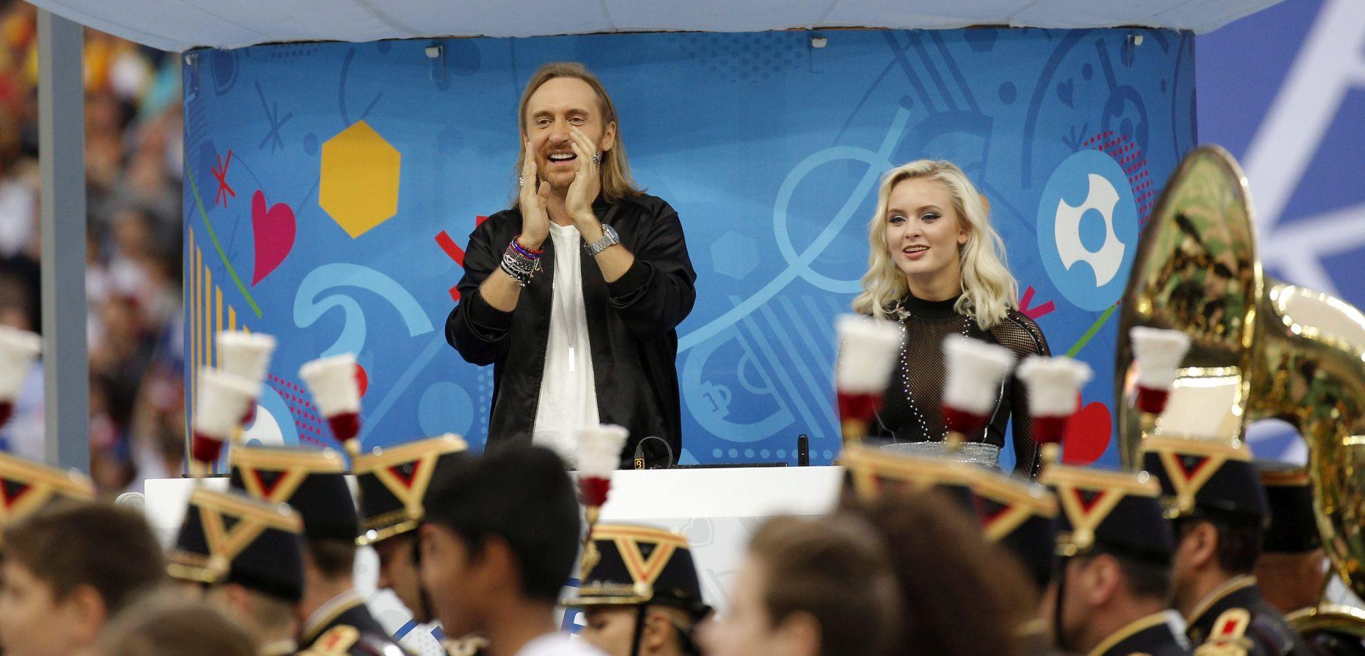 FOTO/ VIDEO:  David Guetta na otvorenju Europskog prvenstva u Francuskoj