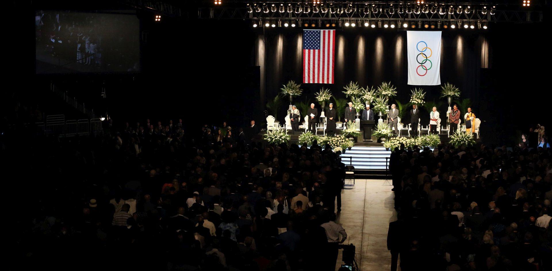 POSLJEDNJI POZDRAV LEGENDI Muhammad Ali pokopan u rodnom Louisvilleu