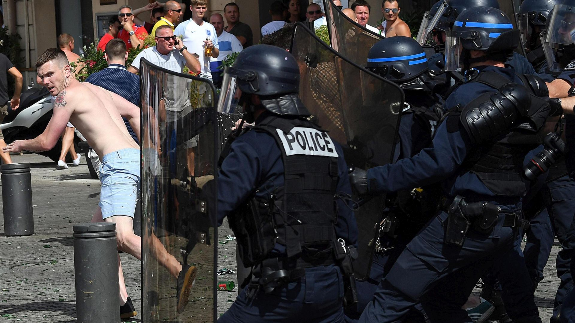 VIDEO: 'DRUGA RUNDA' Rusi napali u Lilleu, Englezi se udružili sa Velšanima