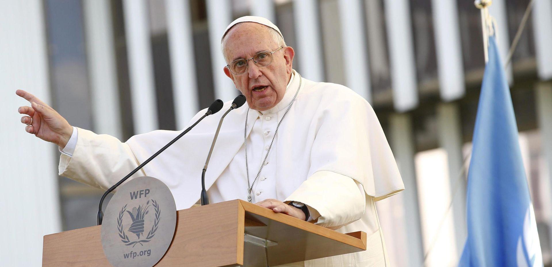 """Papa osudio korištenje gladi kao """"oružja rata"""""""