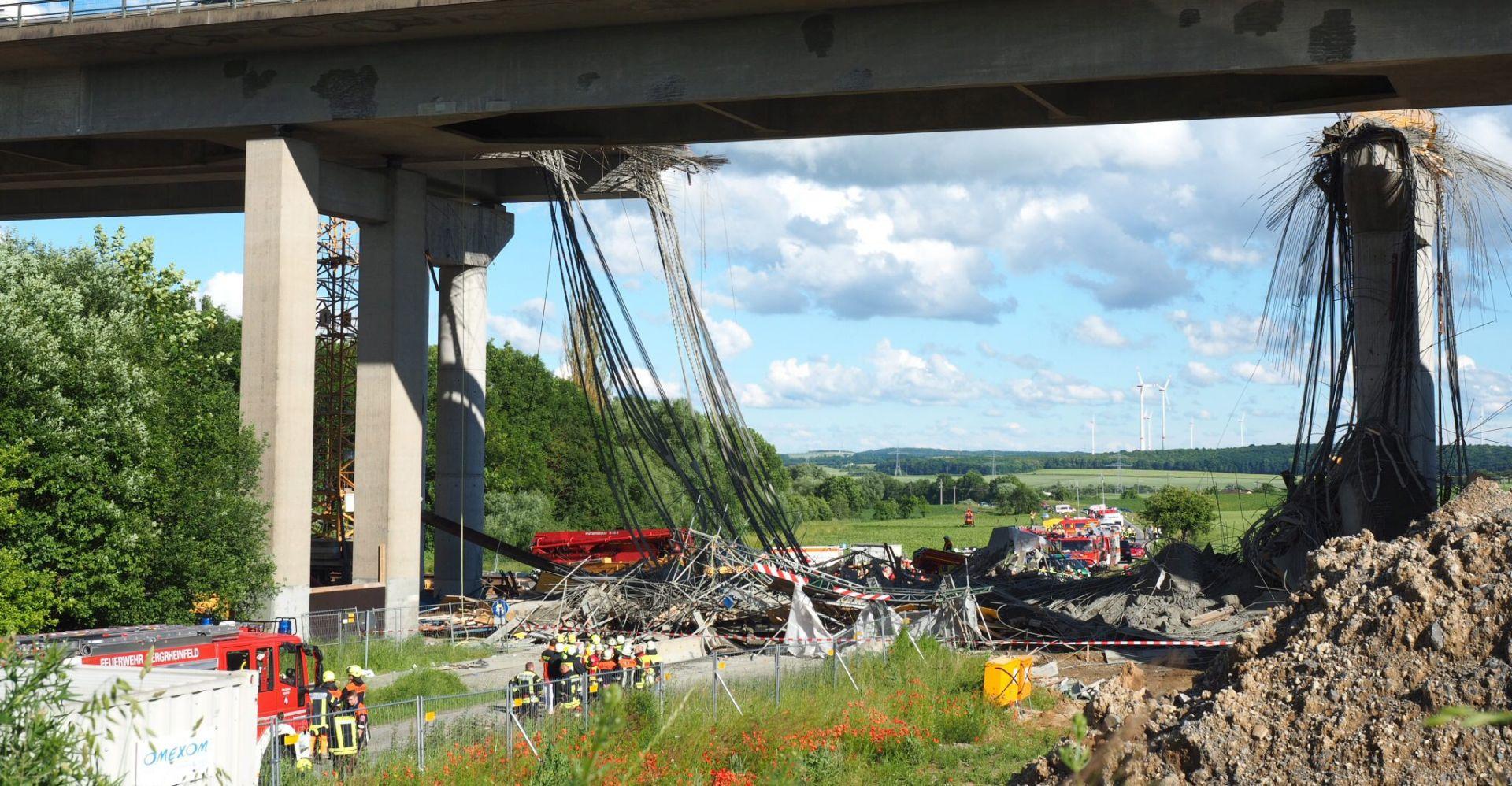 NESREĆA U BAVARSKOJ U urušavanju skele mosta poginula jedna osoba, još šest teško ozlijeđenih