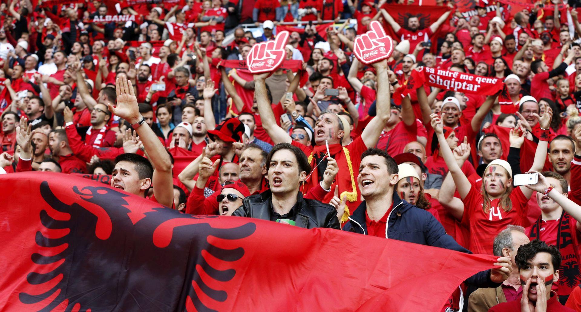 VIDEO: Tirana albanske reprezentativce dočekala kao heroje