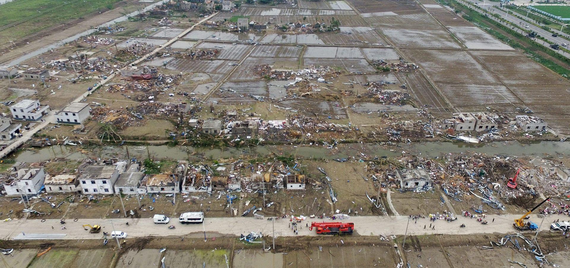 KINU POGODIO TORNADO Poginulo najmanje 98 ljudi, više od 800 ozlijeđenih