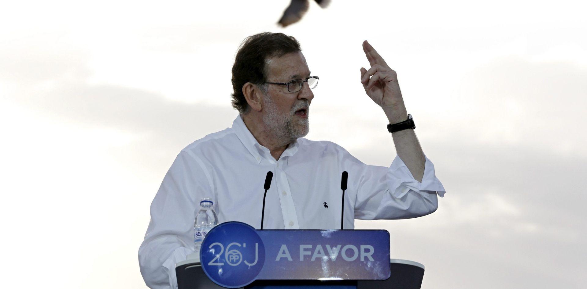 Rajoy smiruje Španjolce zbog Brexita, Iglesias poziva na drugačiju Europu