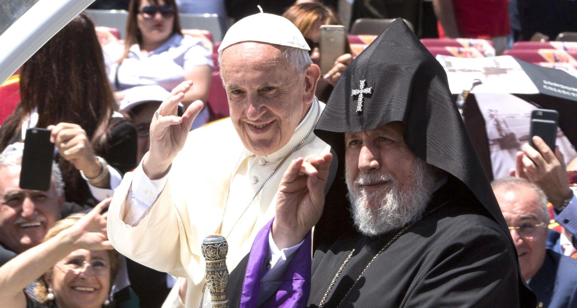 """Turska kaže Papa pokazao """"križarski duh"""" nazvavši pokolj Armenaca iz 1915. genocidom"""