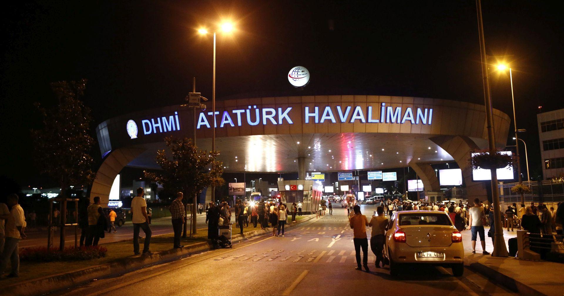 SAMOUBILAČKI NAPADI NA ISTANBULSKOM AERODROMU: 36 osoba poginulo, 147 ranjeno