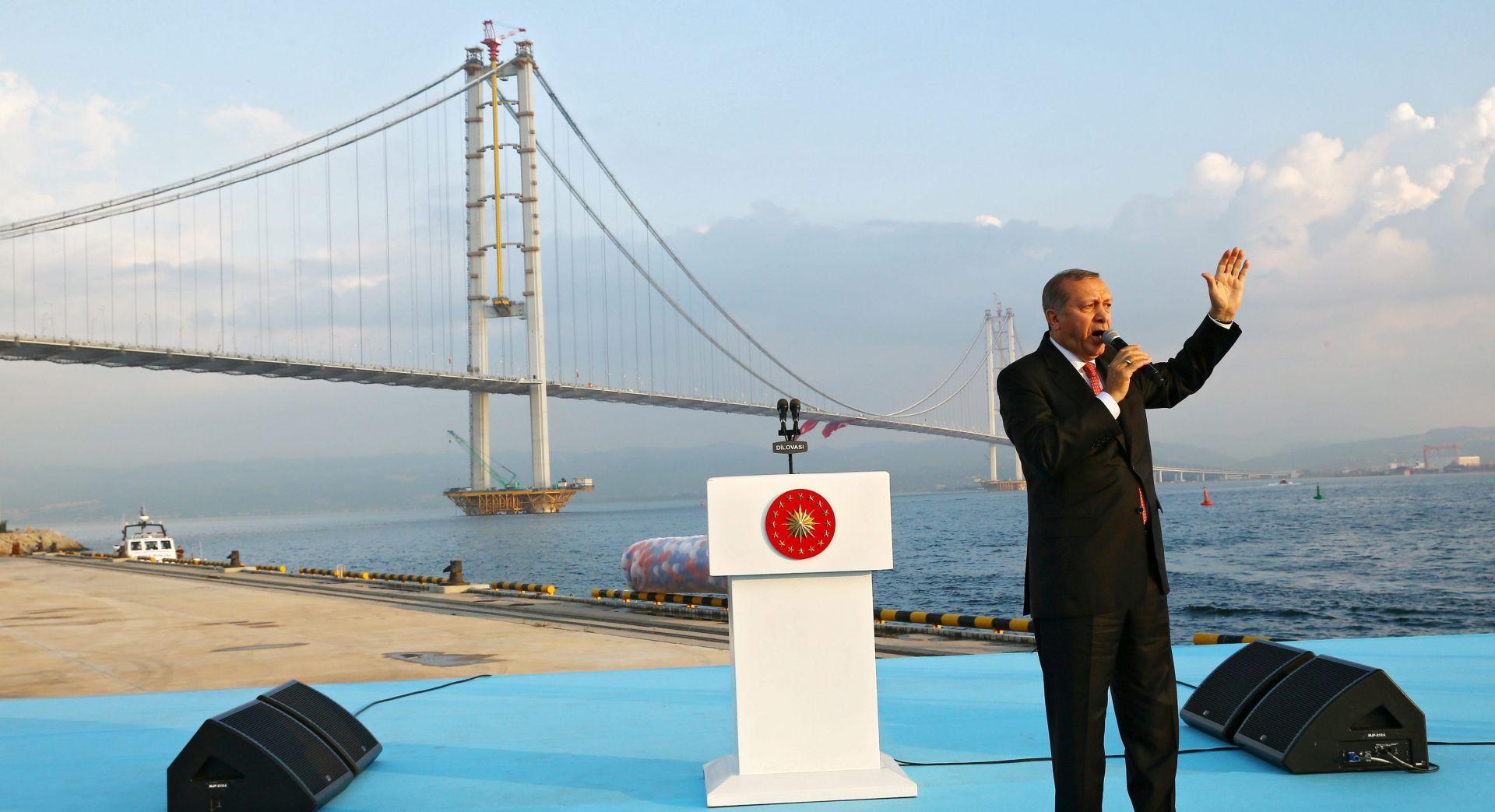 Erdogan otvorio most u zaljevu Izmita, jedno od njegovih velikih djela