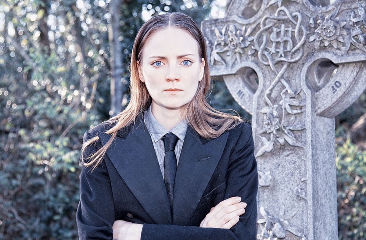 ENGLESKA GLUMICA HELEN MILLAR IGRA U DUBROVNIKU Žena Hamlet s novom muškom perspektivom