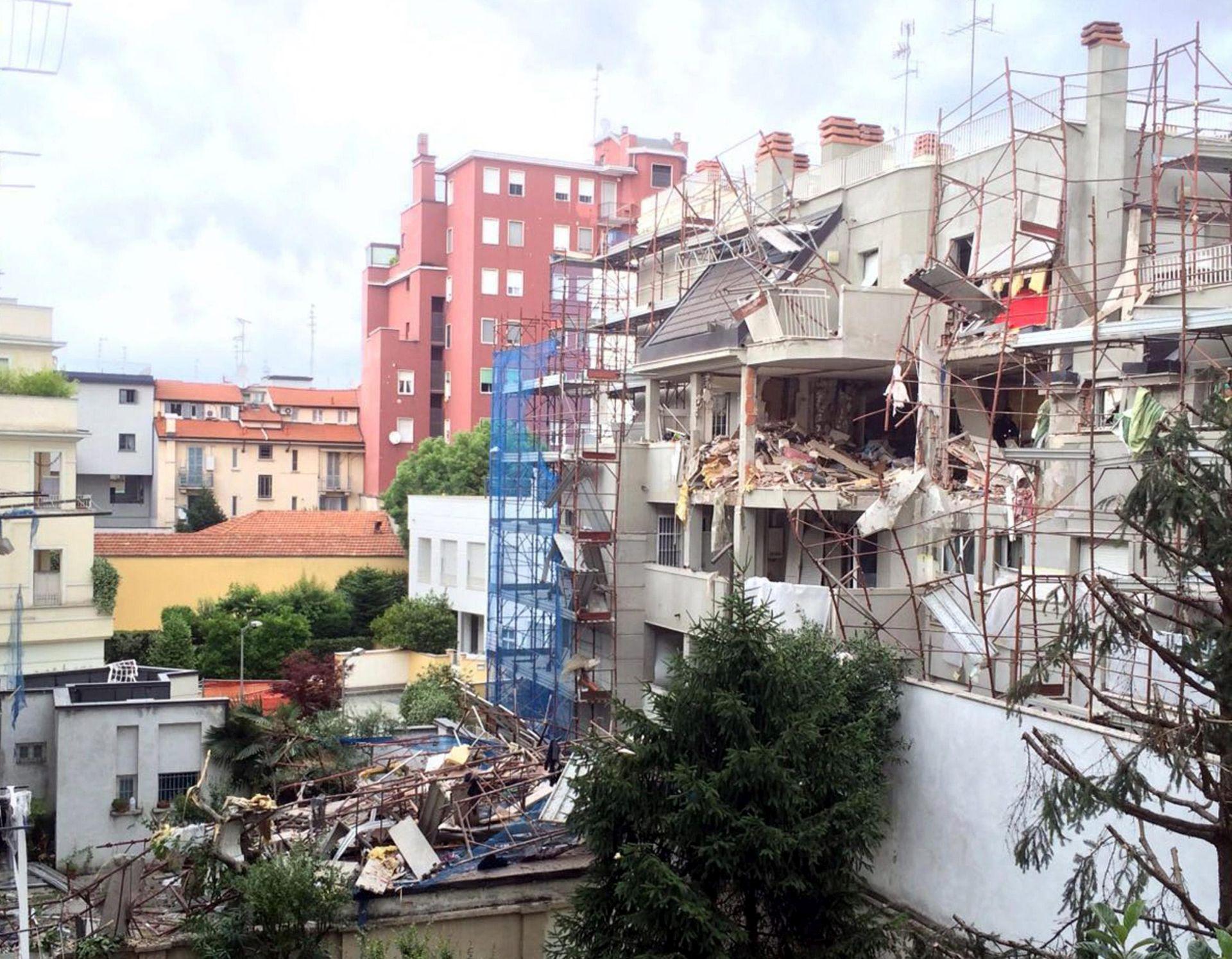 SUMNJA NA CURENJE PLINA: U urušavanju zgrade u Milanu troje mrtvih