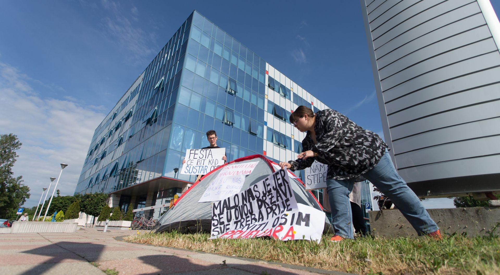 MZOS: Studentski zahtjevi sadržajno usklađeni s Pravilnikom, prosvjed prekinut