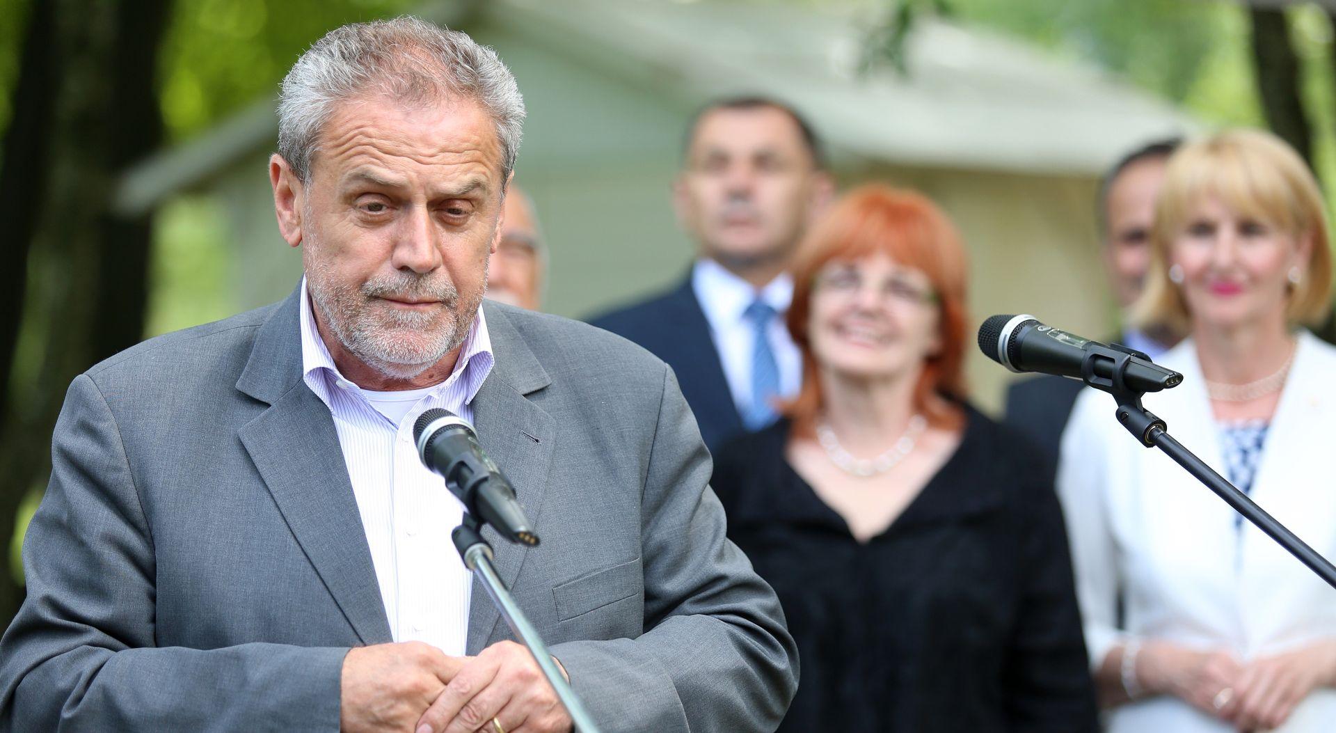Bandić: Ili Vladina ostavka i slaganje nove većine ili novi izbori