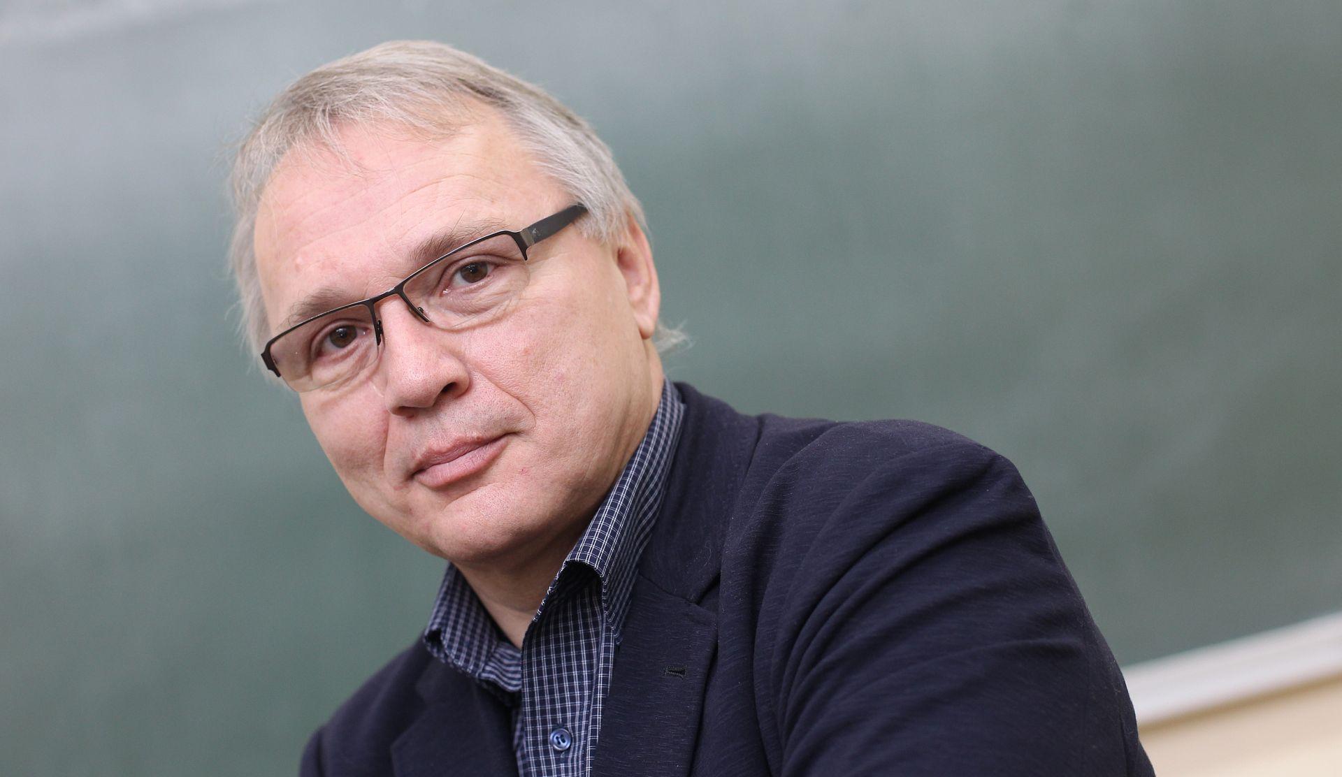 GOST KOLUMNIST: NEVEN BUDAK 'Primjedba da je kurikulum 'jugoslavenski' nije stručna, nego politička i zlonamjerna'