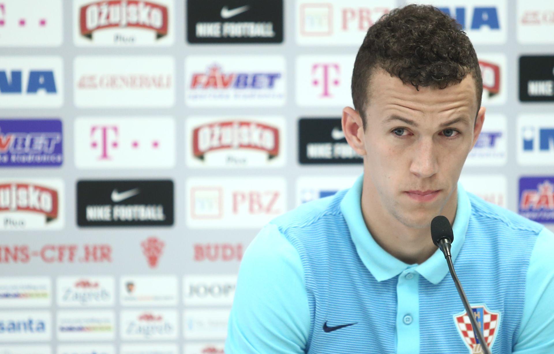 """PERIŠIĆ """"Svi smo dobro raspoloženi, nadam se da ćemo odigrati dobar EURO"""""""
