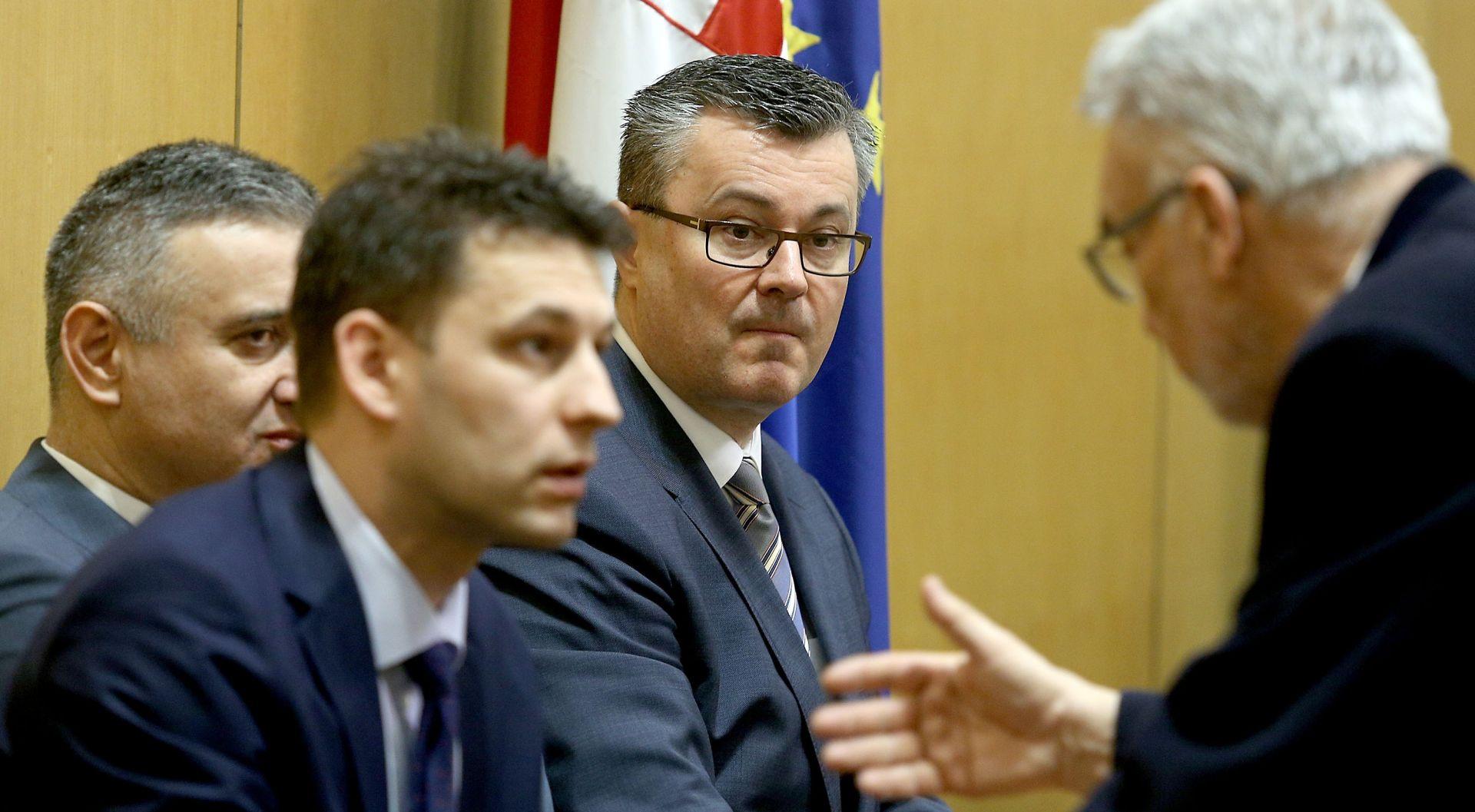Orešković i Petrov izrazili sućut turskom premijeru