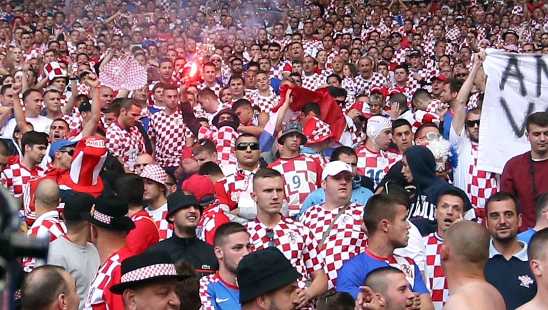 FOTO: NEVJEROJATNO! Na Facebooku objavljen plan prekida utakmice i protiv Španjolske?