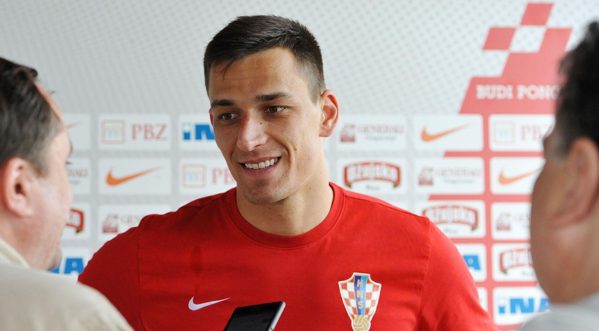 HAJDUK DEMANTIRA MEDIJE Lovre Kalinić i dalje je kapetan 'Bijelih'
