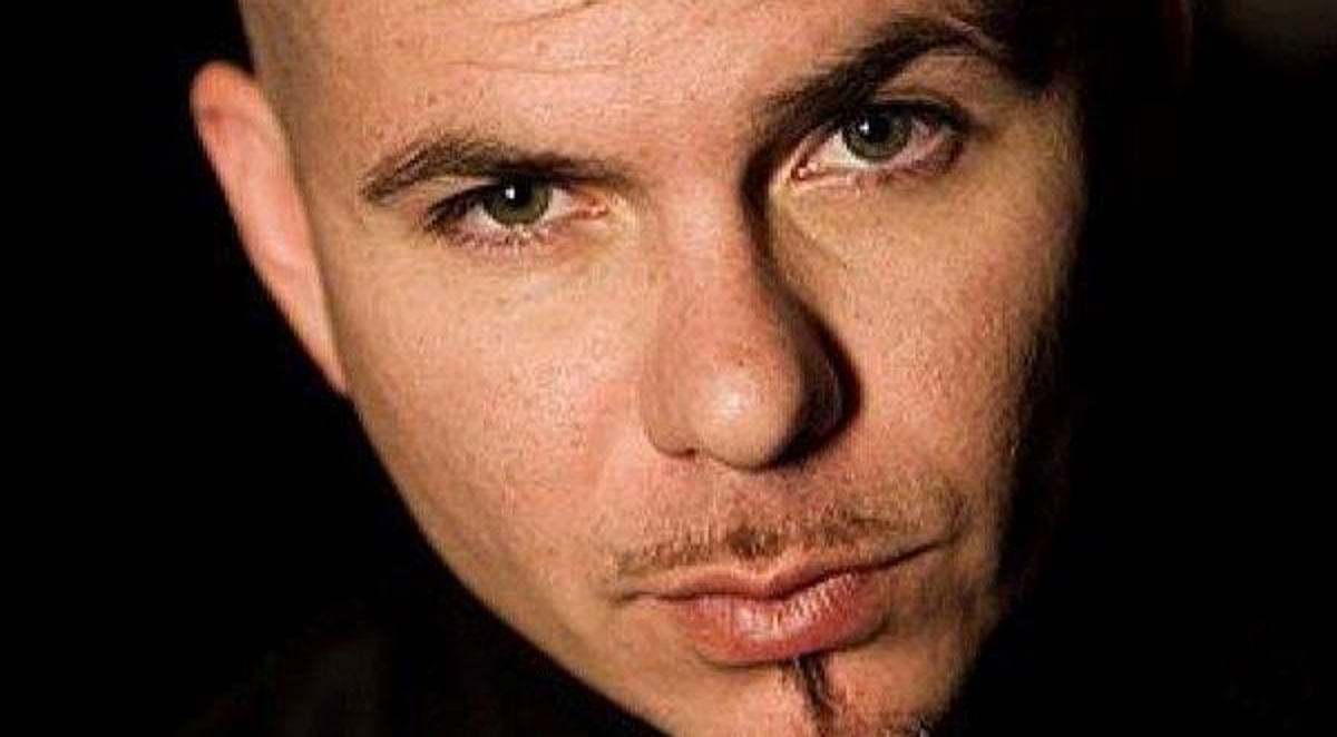 VIDEO: Pitbull objavio single 'Greenlight'