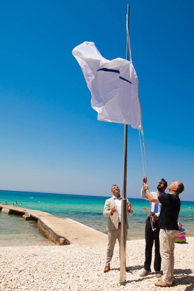 Podizanje bijele zastave