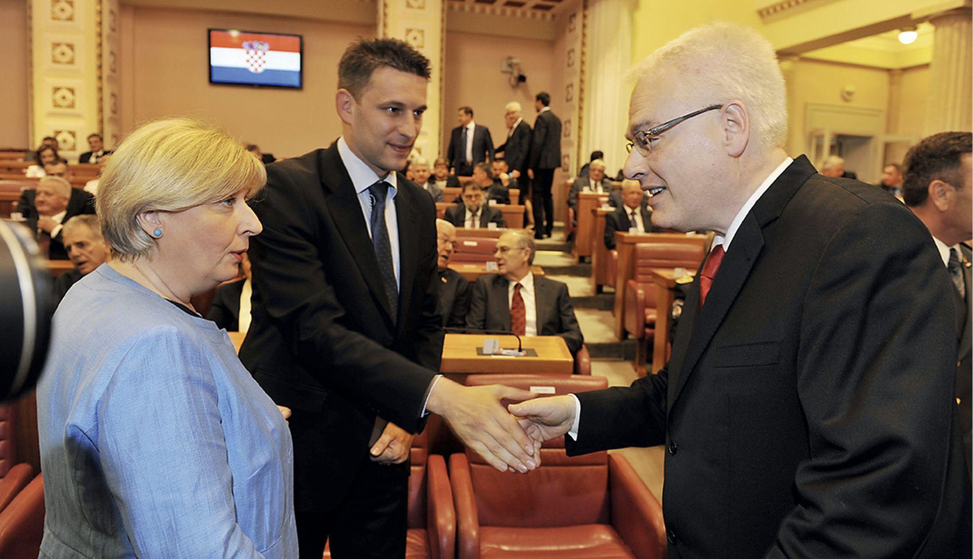 Vođe oporbe nema, a SDP-ovci čekaju da Tomislav Karamarko sam odstupi