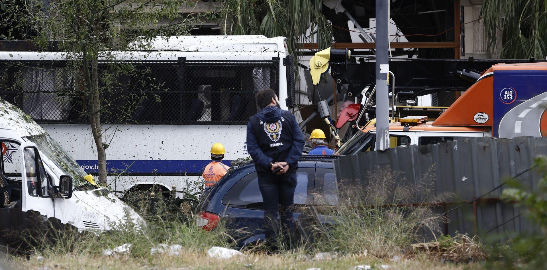 AUTOBOMBA: U eksploziji u Turskoj troje mrtvih, 30 ranjenih