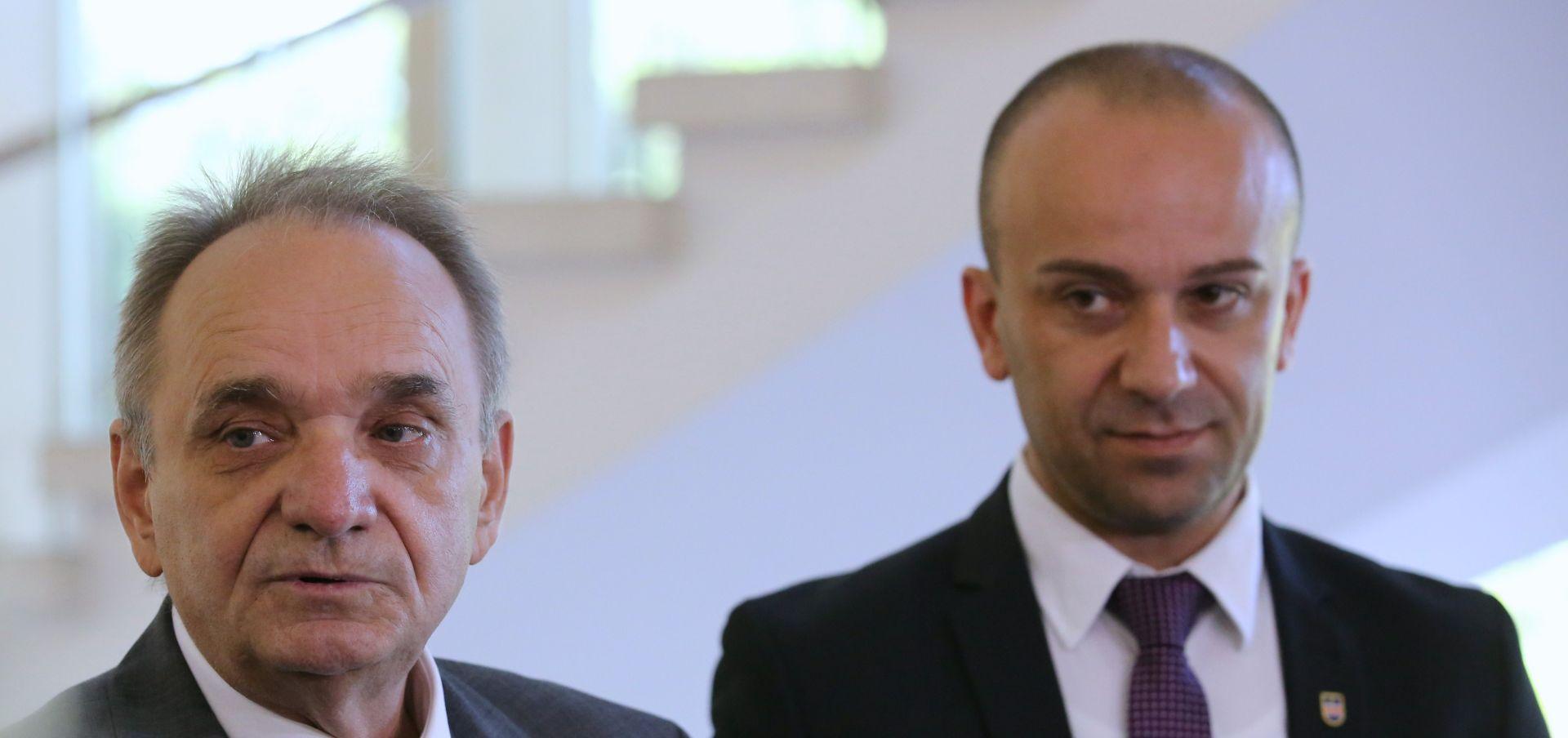 Glavaš: HDSSB za što skorije prijevremene parlamentarne izbore
