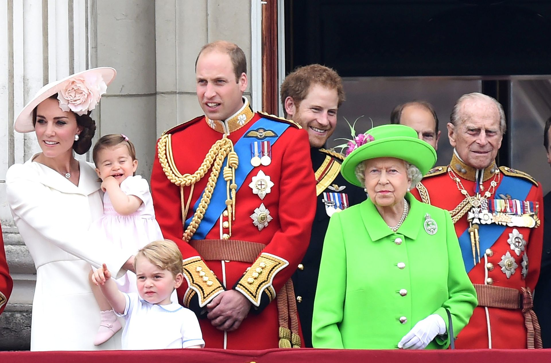 Princ Filip iz opreza hospitaliziran u Londonu
