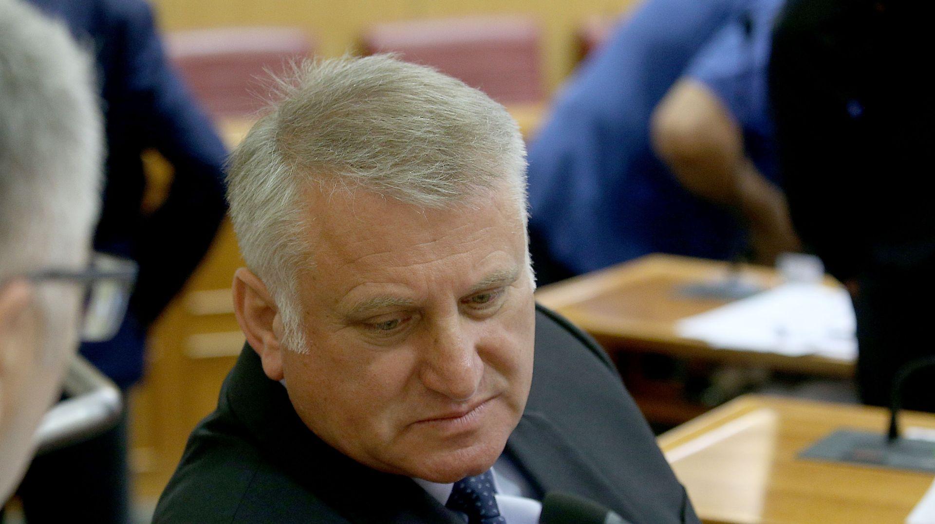 Lucić: Već sutra ćemo imati novu većinu, Petrov je kriv za sve što se događa