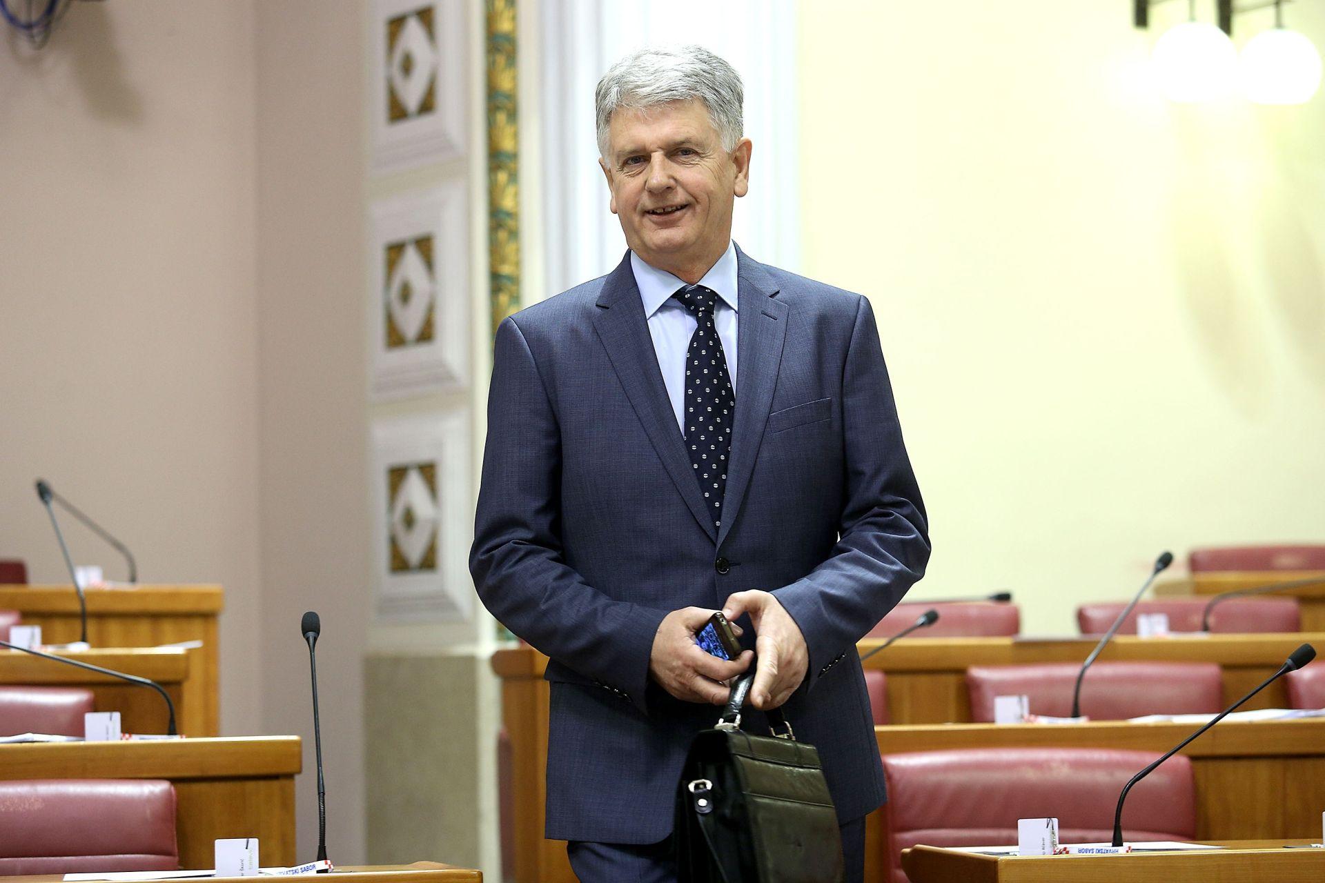 Ivica Mišić: Neka Orešković, Karamarko i Petrov odu iz Vlade