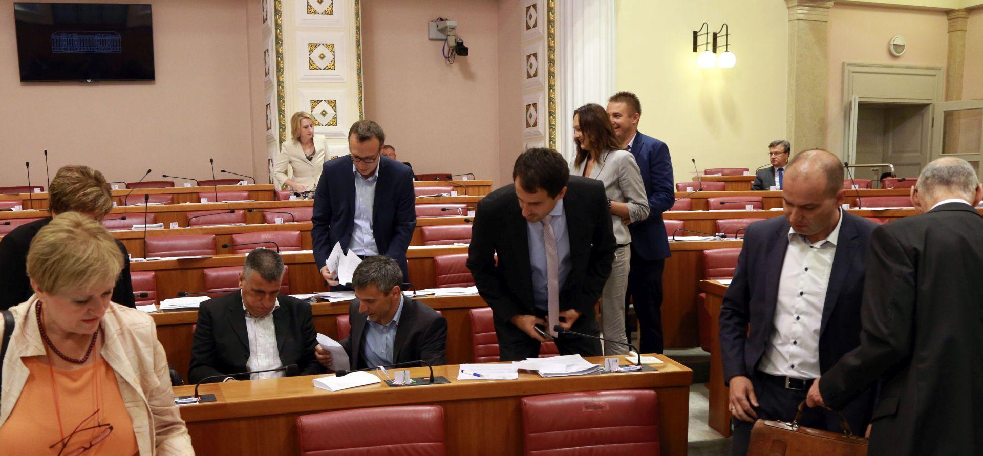 MOST-ovci potpisali inicijativu za raspuštanje Sabora