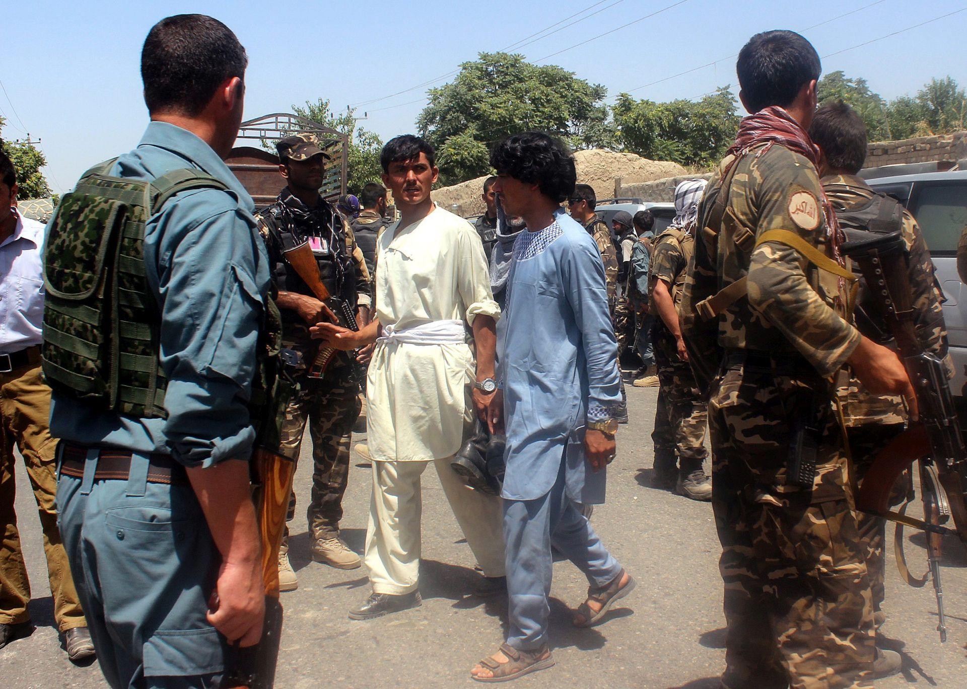 ATENTAT NA NEPALCE: U talibanskom samoubilačkom napadu 14 mrtvih