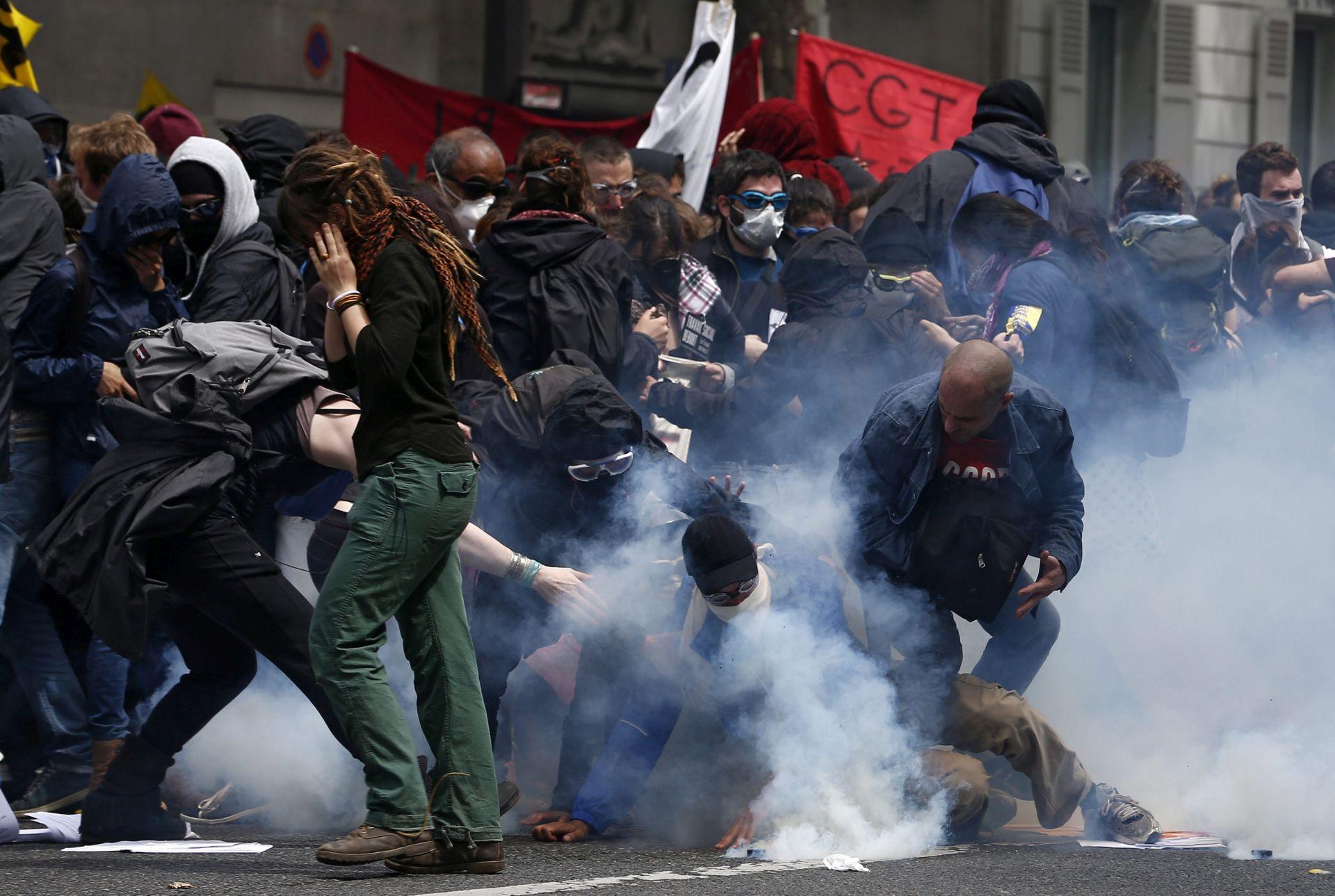 REFORMA ZAKONA O RADU: Valls poziva sindikat CGT na obustavu prosvjeda
