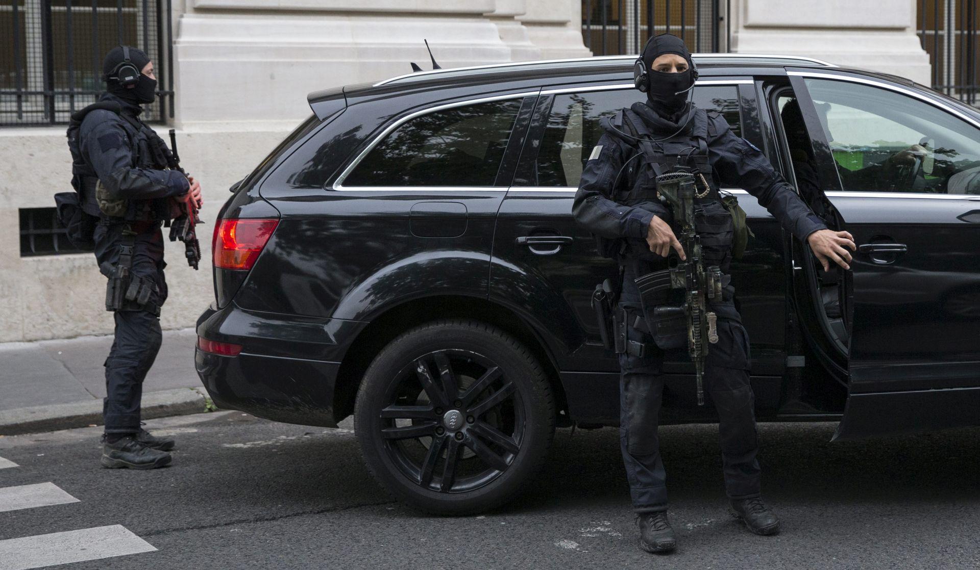 POGRANIČNA POLICIJA: Ukrajina uhitila muškarca koji je planirao napad u Francuskoj
